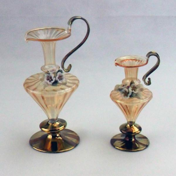 Anfora in vetro soffiato con fiore in ceramica completa di scatola