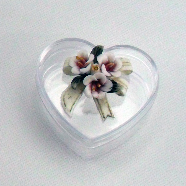 Scatoline a cuore con fiori in ceramica tipo capodimonte
