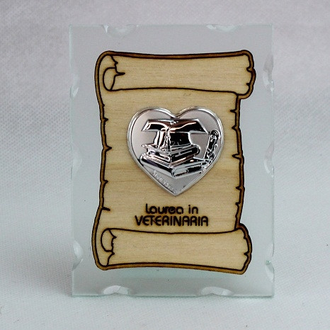 Icona in vetro con Pergamena e Piastra Cuore Laurea in Veterinaria