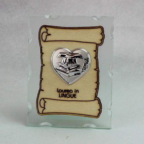Icona in vetro con Pergamena e Piastra Cuore Laurea in Lingue