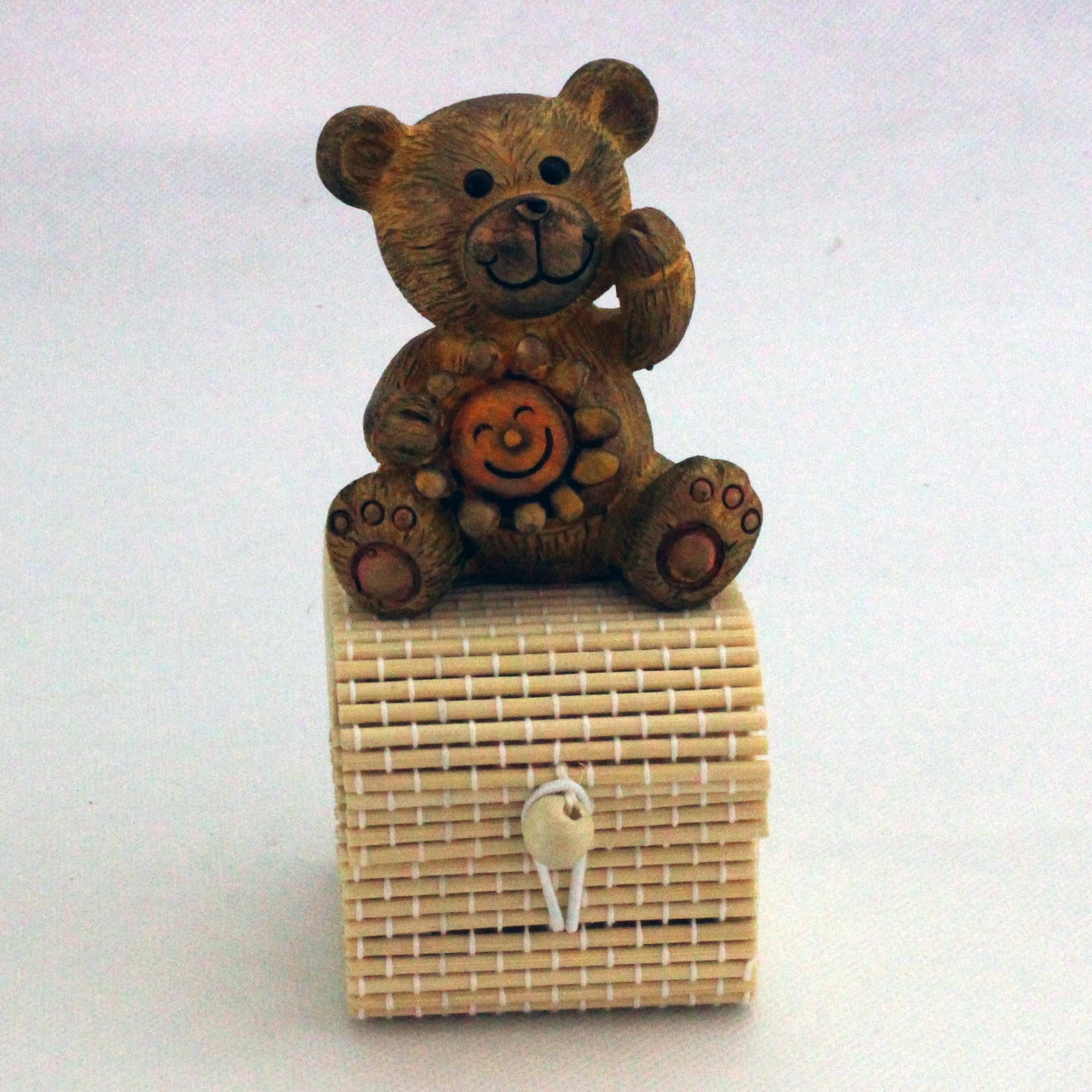 Scatoline in bambu con animaletti in resina