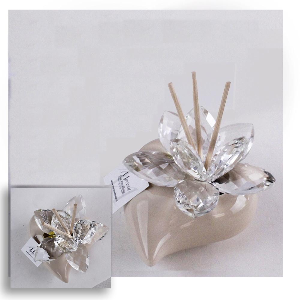 Bomboniere Matrimonio Diffusori.Dlm Profumatore Beige Cuore In Ceramica Con Fiore In Cristallo