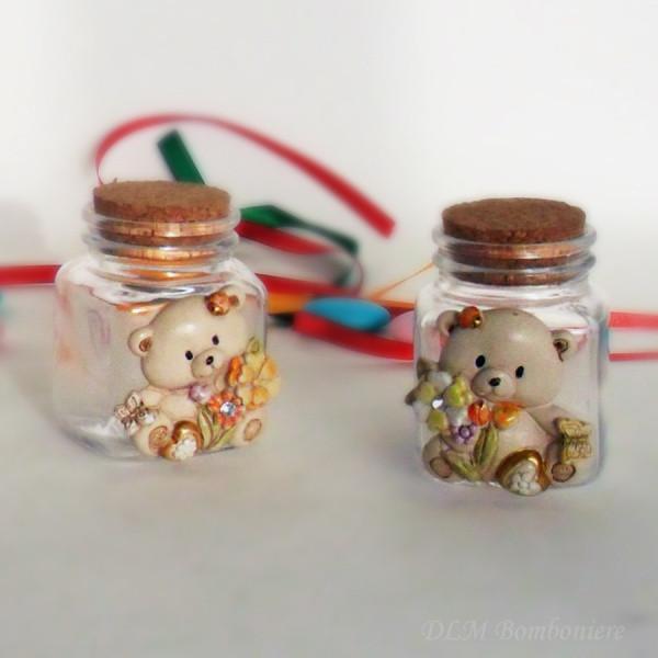 34 Barattoli in vetro con orsacchiotti assortiti in resina