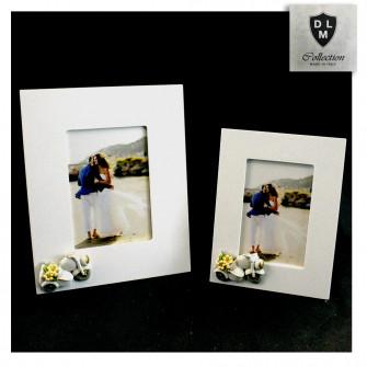 Bomboniera Portafoto Cornice Quadretto con Moto Motorino Vespa con Fiori Battesimo Comunione Laurea Shabby Chic in legno