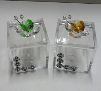 Scatolina con farfalle in vari colori