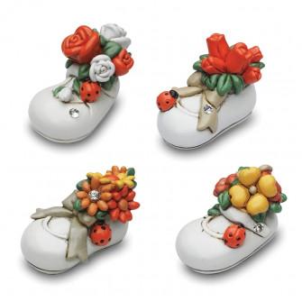 Scarpetta in ceramica con Fiori e Coccinella Portafortuna XD1245