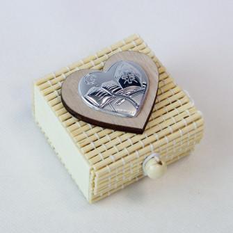 Scatolina per confetti in bambu bambù con Cuore per Cresima